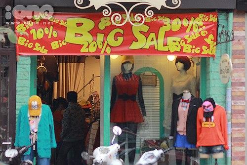 Shop thời trang Hà Nội than thở ngày cuối năm