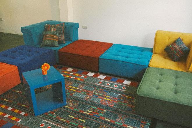 Sắp xếp sáng tạo với sofa