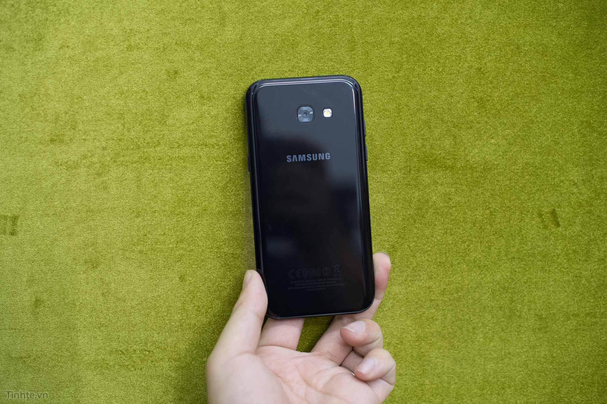 Trên tay Samsung Galaxy A5 2017: xuất hiện nhiều tính năng trên dòng sản phẩm cao cấp